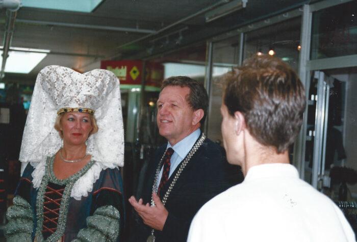 Opening van de winkel aan de galerij